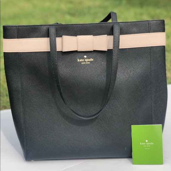 kate spade Handbags - Kate Spade Black Leather Large Tote Purse